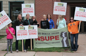 Blood Service workers picketing at the Canadian Blood Services office on Fitzroy Street in Charlottetown on Sept. 14.  Jerry Laird photo.